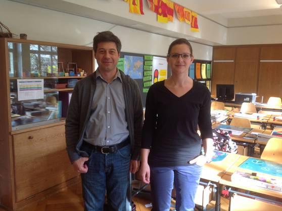 Co-Projektleiter Georges Behna und Lehrerin Marianne Cornu
