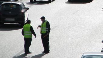 Behinderten den Verkehr: Zwei Männer trugen ihren Streit auf der Autobahn aus. (Symbolbild)
