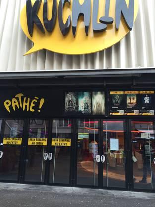 Das Kino Pathé in Basel bittet seine Kunden am Freitag, 20. und Samstag, 21. November, grosse Taschen und Rucksäcke zuhause zu lassen.