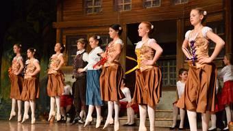 Auftritt der Ballettschule Marianne Künzi