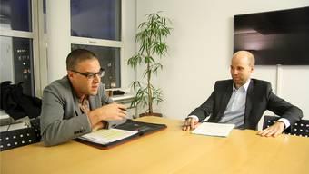 Nächsten Dienstag befindet die Gemeindeversammlung, ob sie sich abschaffen will oder nicht. Gemeinderat Charlie Schmid (FDP) ist dagegen, Gemeinderat Claudio Hug (GLP) dafür.