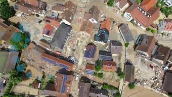Flug über das verwüstete Dorf: Dieses Drohnenvideo veröffentlichte das «Haller Tagblatt» am Tag nach dem Unwetter.