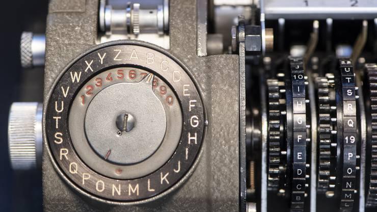 Ein Gerät der Schweizer Crypto AG, die jahrzehntelang vom amerikanischen und deutschen Nachrichtendienst im Geheimen kontrolliert wurde.