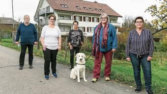 Fürs Bild ohne Maske: Werner Schlapbach, Andrea Kuzma, Simona Schäppi, Cynthia Cavazzutti und Sandra Münger (v.l.).