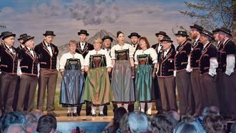 «Im Läbe» lautete das Motto am diesjährigen Jodlerobig des Jodlerklubs «Echo vom Lindenberg».