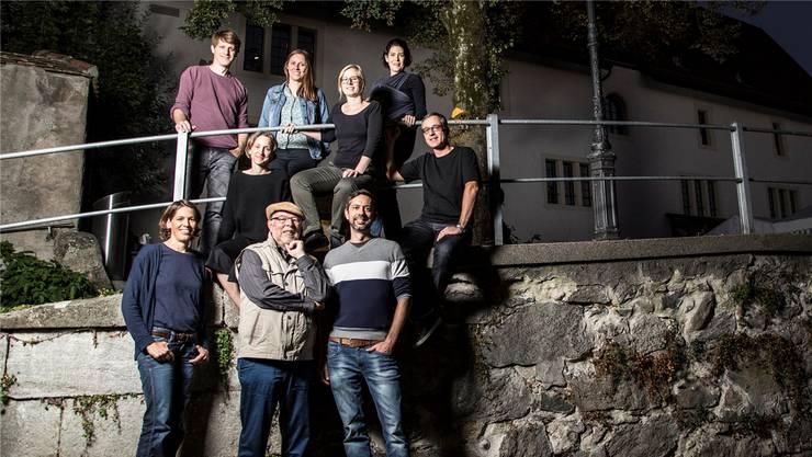 Der Vorstand des Filmclubs Bremgarten freut sich auf spannende Kinoabende. Von links oben: Lukas Scherrer, Angela Nyffeler, Esthi Lutz, Ladina Padrutt, Marion Sykora, Pascal Hauenstein, Anja Blankenhorn, Bernhard Greber und Andreas Müller.