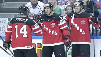 Sidney Crosby, Jordan Eberle und Taylor Hall jubeln über ein Tor