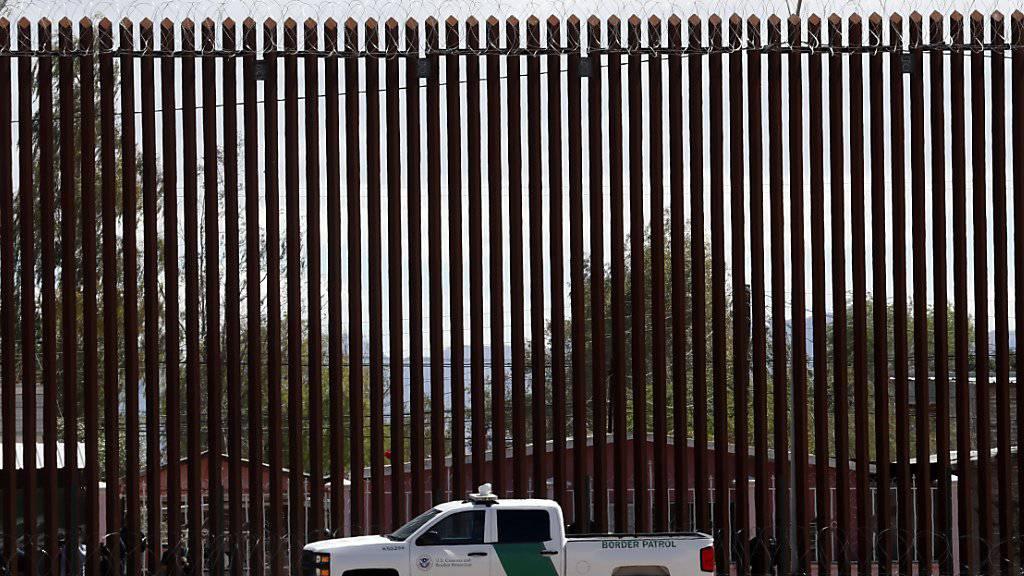 Oberster Gerichtshof genehmigt Pentagon-Gelder für Grenzmauer