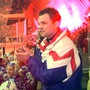 Zugs Trainer Sean Simpson applaudiert seinem Team nach dem gewonnenen Meistertitel
