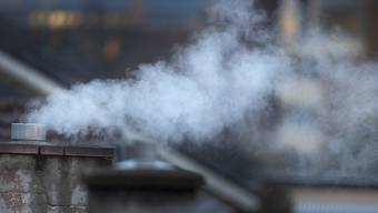 Weniger Emissionen beim Heizen ist eines der wichtigsten Ziele der Teilrevision des Zürcher Energiegesetzes. (Symbolbild)