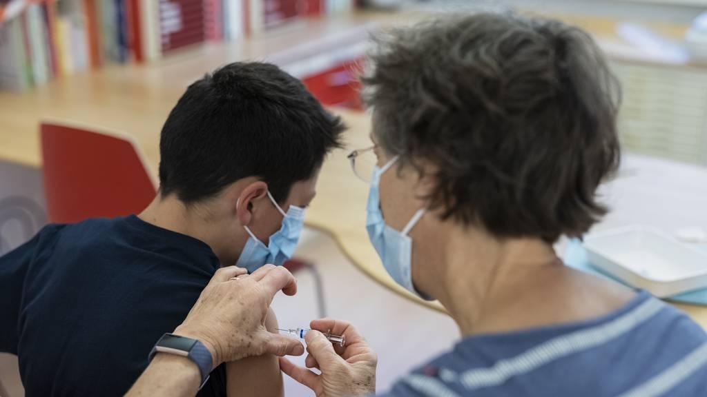 Biontech-Impfung schützt auch Kinder ab zwölf Jahren vor Corona