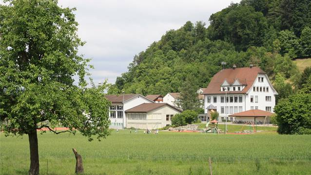 Schulhaus in Kirchleerau