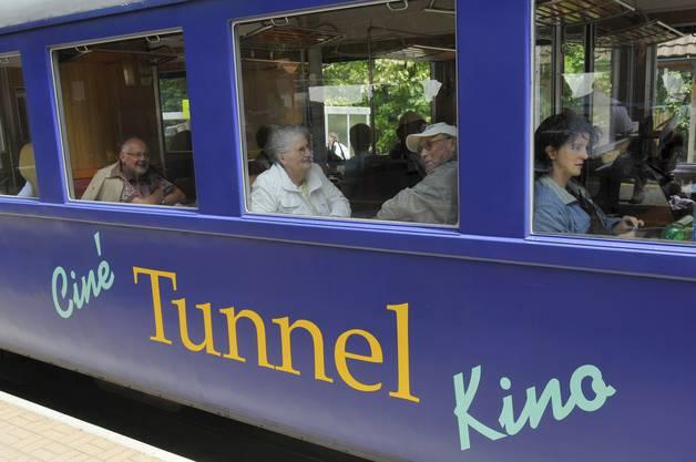 Das Tunnelkino begeisterte Jung und Alt