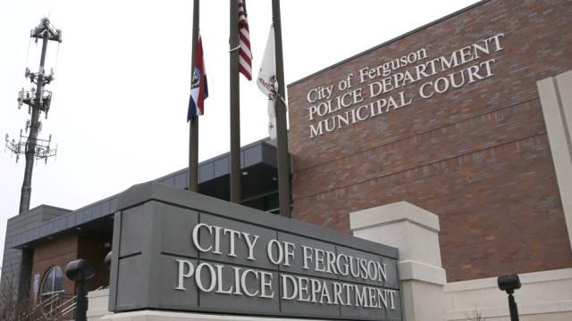 Bericht zeigt Missstände bei der Polizei in Ferguson auf (Archiv)
