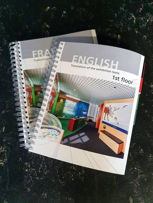 Der Fremdspracheführer ist in englischer und französischer Sprache erhältlich.