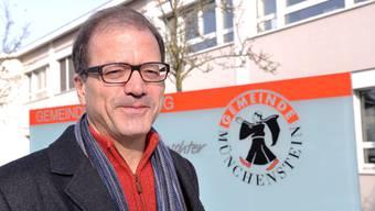 Giorgio Lüthi Gemeindepräsident von Münchenstein (CVP) präsentierte am Freitagabend die Pläne für die Raumentwicklung.