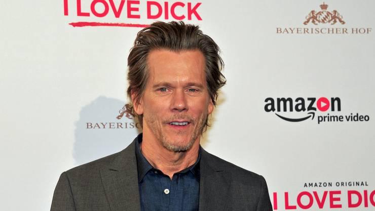 """Der US-amerikanische Schauspieler, Regisseur und Produzent sowie Musiker Kevin Bacon feierte seine Amazon-Serie """"I love Dick"""" in München. (Archiv)"""