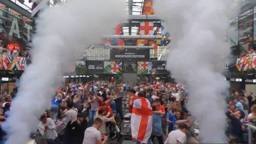 England nach Sieg gegen Deutschland im Freudentaumel: Party ohne Corona-Abstand