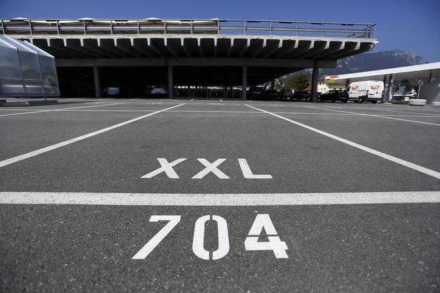 Im Ladendorf Langendorf gibts schon XXL-Parkplätze