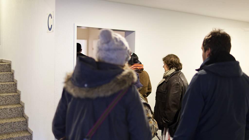 Wohnen wird immer teurer: eine Wohnungsbesichtigung in Zürich (Symbolbild).
