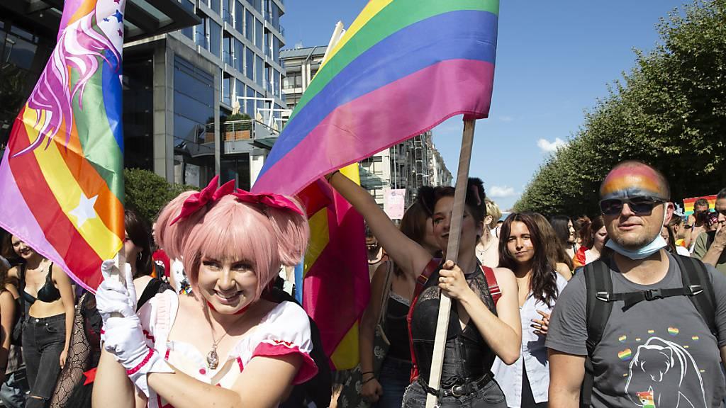Die Pride-Kundgebung zog am Samstagnachmittag durch die Genfer Innenstadt.