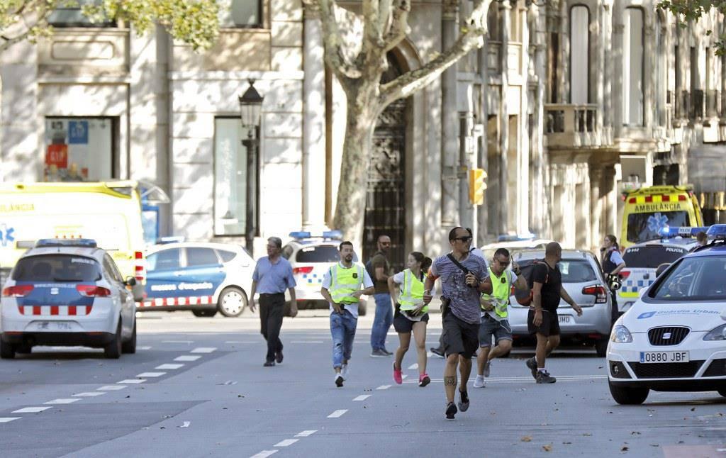 Anschlag auf Las Ramblas in Barcelona - Lieferwagen fuhr in die Menge (© keystone)