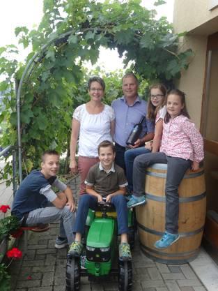 """Die Familie Käser aus Oberflachs ist mit ihrem Bächlihof teil des Anlasses """"Vo Buur zu Buur""""."""