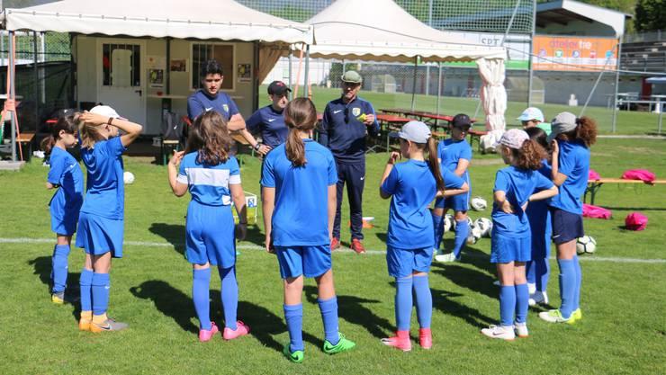 Kürzlich veranstaltete der FC Schlieren für die Juniorinnen im Tessin ein grosses Trainingslager.