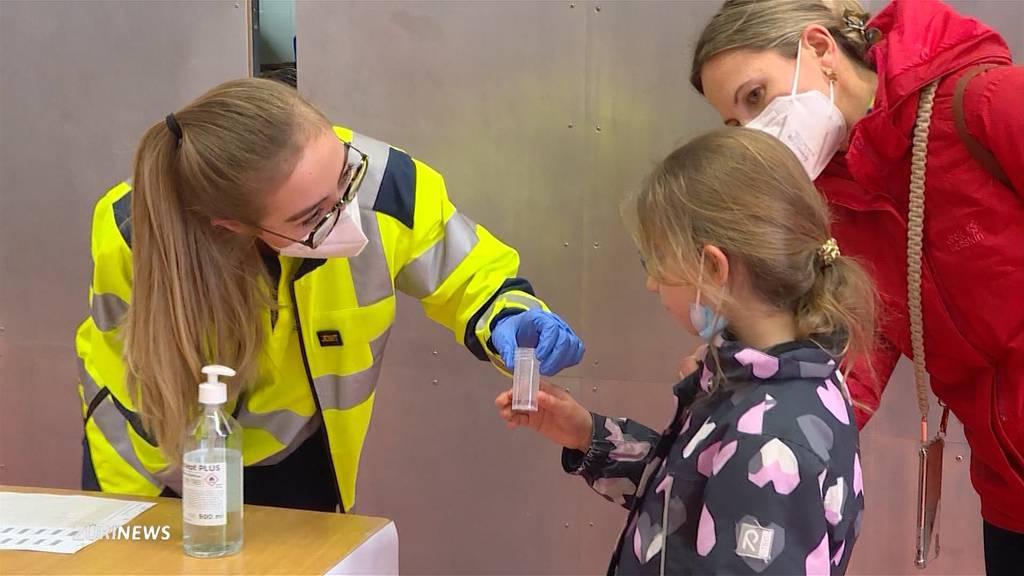 Corona-Mutation: Massentest an Kilchberger Schule und Kindergarten
