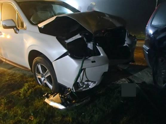 Vier Fahrzeuge waren in die Kollisionen verwickelt. Drei Personen wurden verletzt.