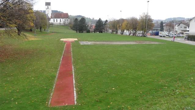 Der Sportplatz in Herznach als Teil der neu zu schaffenden Begegnungszone.