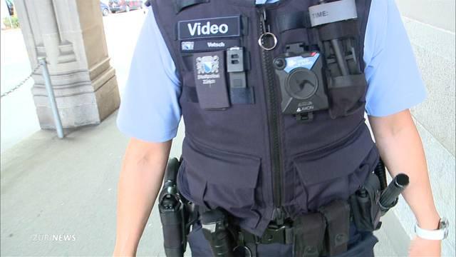 Körperkameras für Zürcher Polizisten wieder auf Prüfstand