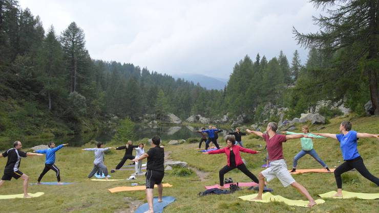 Power Yoga am  'Lago Azzurro'