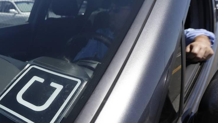 Uber-X kommt nach Basel: Dieser Fahrdienst ist – anders als Uber-Pop – dank ausgebildeten Fahrern legal.