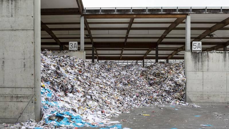 So voll waren die Altpapierlager der Perlen Papier schon lange nicht mehr. (Archivbild)
