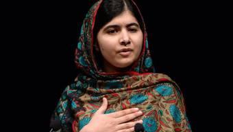 Malala spricht, nachdem sie den Nobelpreis zuerkannt bekommen hat