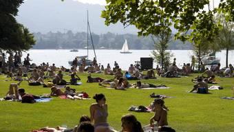 Ein See für Touristen oder für Einheimische? Dass sich die Nutzung stark an den Wünschen von Gästen orientieren soll, stösst auf Widerstand. (Bild: Zürich Tourismus)