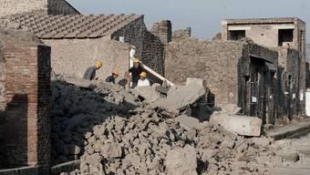 Viele Bauten im antiken Pompeji sind gefährdert (Archiv)