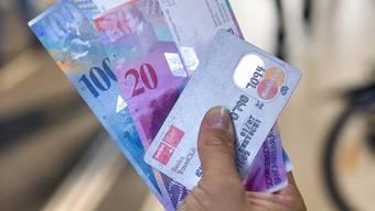 In einigen Jahren wird auch die Kreditkarte vom Aussterben bedroht sein.