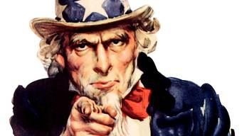 Uncle Sam laufen seine Mitbürgerinnen und Mitbürger davon.