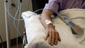 Immer mehr Krebserkrankte leben dank Früherkennung und Therapie weiter. (Symbolbild)