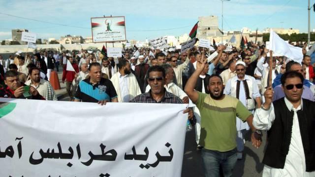 Demonstrierende am Freitag in Tripolis
