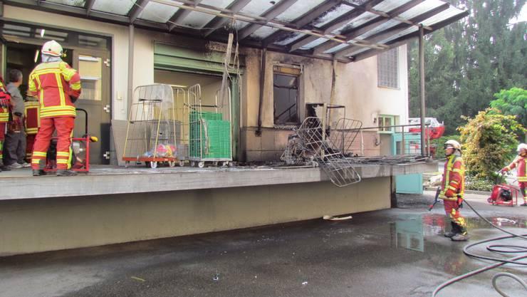 Das Feuer richtete beträchtlichen Schaden an.