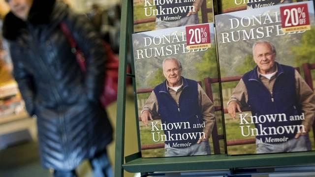 Rumsfelds Memoiren ausgestellt
