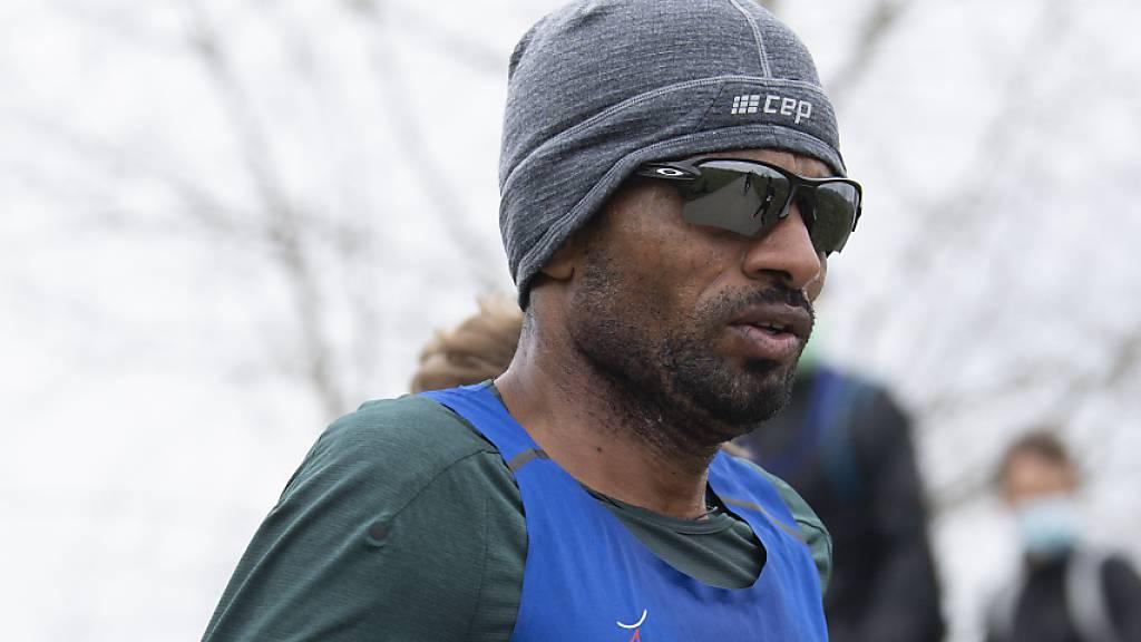 Tadesse Abraham - hier als Tempomacher am 3. April beim Marathon in Belp - verzichtet am Sonntag auf den Lauf in Enschede.