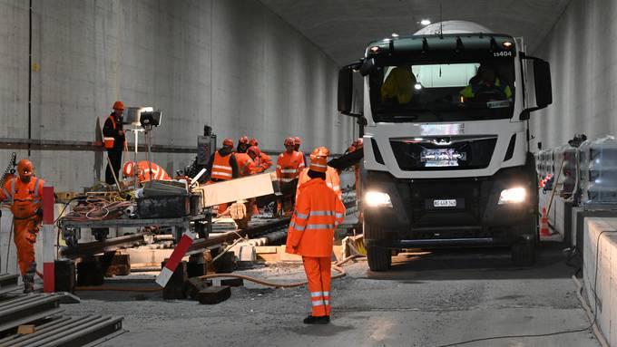 Endausbau des zweispurigen Eppenbergtunnels auf der SBB-Strecke Olten-Aara im Oktober 2019