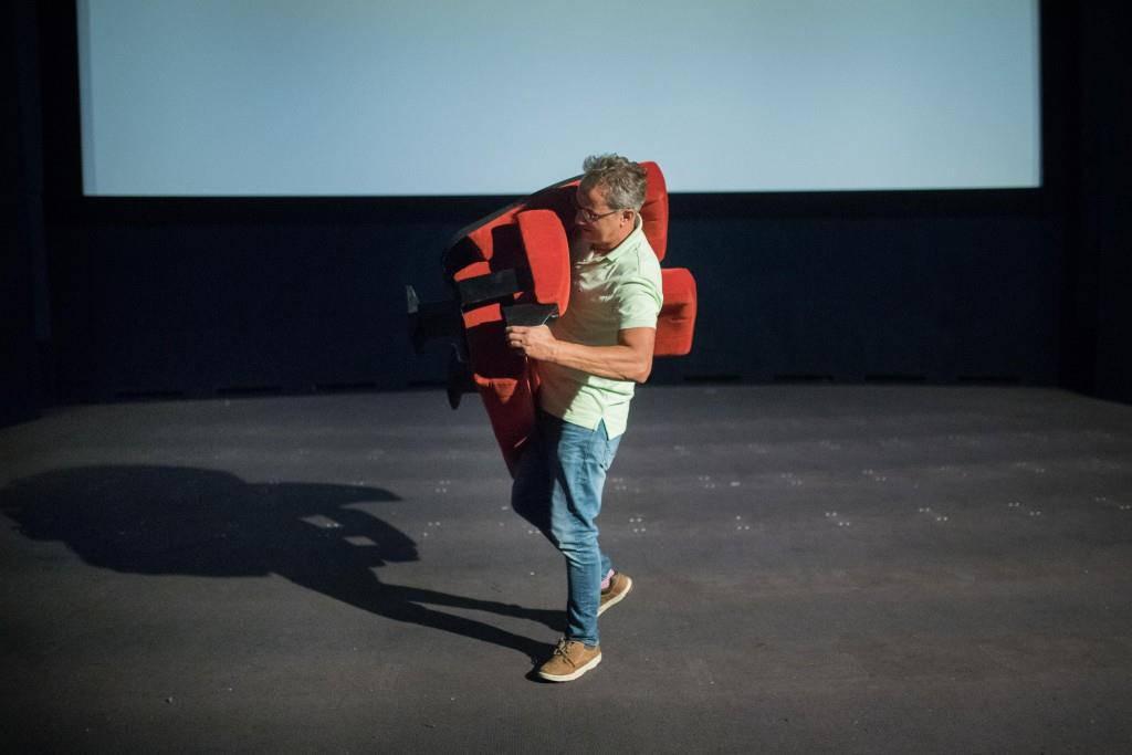 Im Internet stehen die Sitze und das Logo zum Verkauf. (© Benjamin Manser/Tagblatt)
