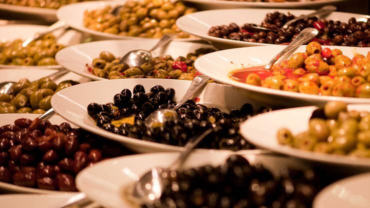 Oliven, Pasta sowie Früchte und Gemüse: Italien ist ein für die Schweiz ein wichtiger Handelspartner. (Bild: Dominik Wunderli)