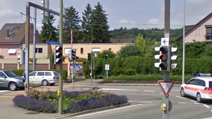 Kreuzung Fleischbachstrasse/Baselstrasse in Reinach