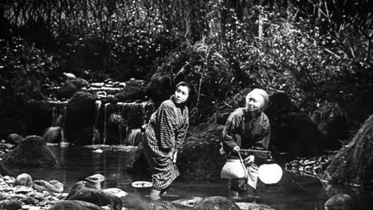 Die japanische Filmkünstlerin Kinuyo Tanaka (links) schuf als Regisseurin sechs Filme und spielte in über 250 Streifen mit.